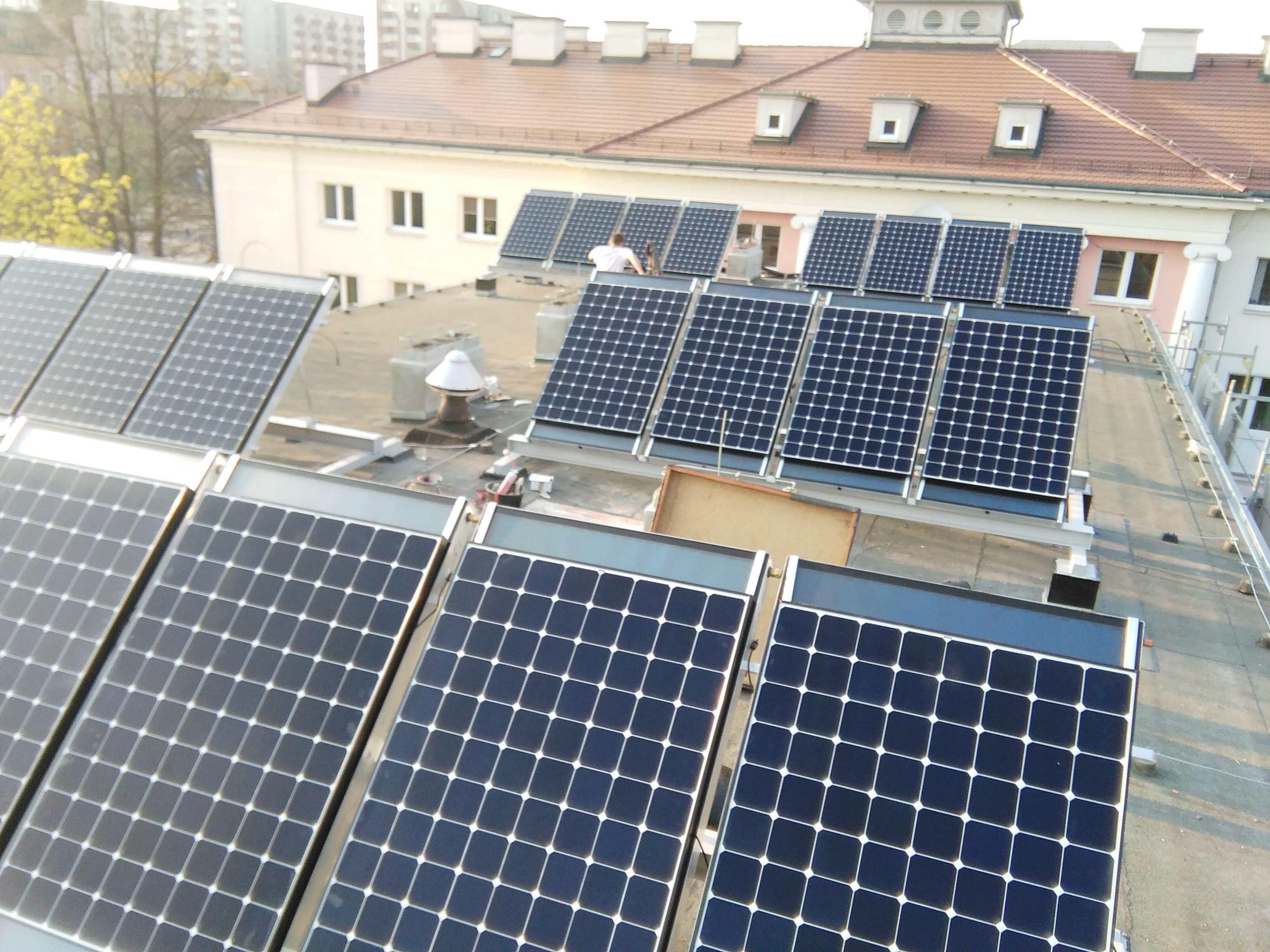 instalacja-pv-opole-hybryda-benq-solar-expert-sma