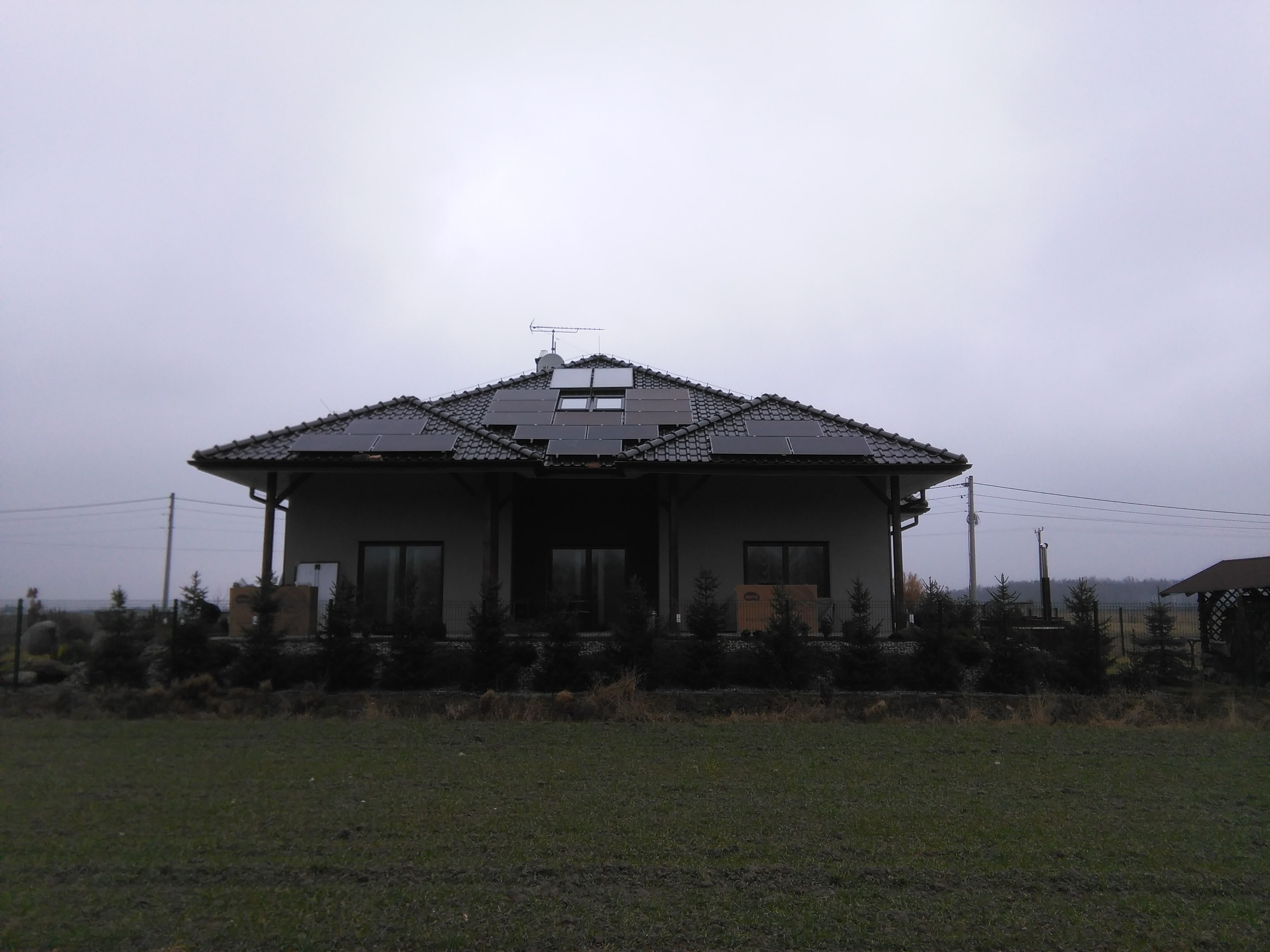 instalacja-pv-rachowice-benq-sma