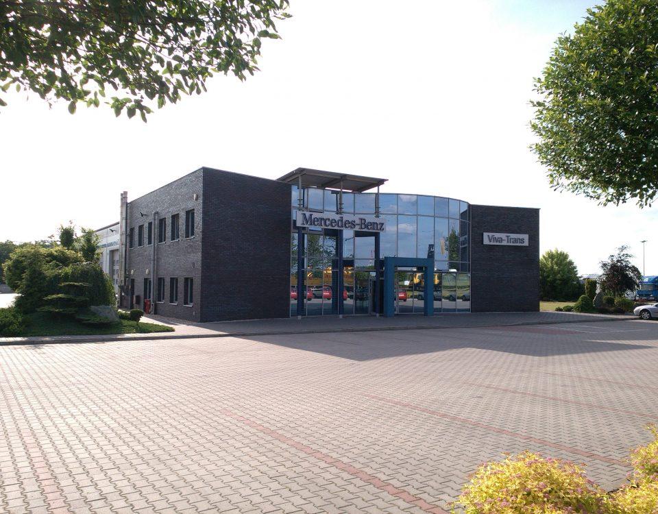 instalacja-pv-na-salonie-mercedes-benz-o-mocy-40-kwp